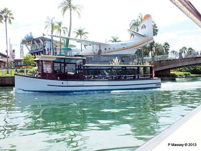 N928J Margaritaville Water Taxi Universal CityWalk 26-09-2013 16-52-34