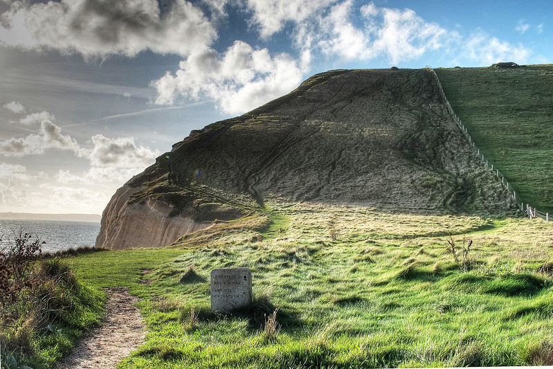 Looking back up from Scratchy Bottom to the top of Swyre Head.