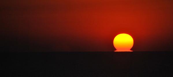 I love sunrises like this over the ocean.