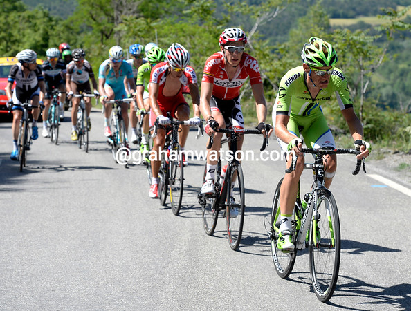 De Marchi takes the escape on to the Col de Manse with less than a minute's lead...