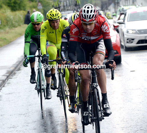 Sander Armee is leading the Giro's first escape away - and they're gaining time quickly..!