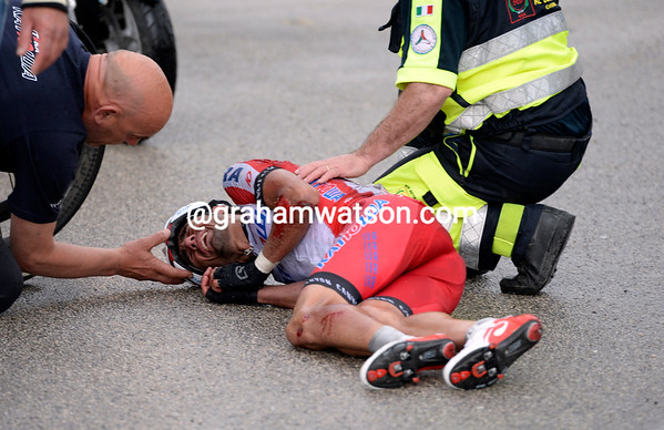 Gianpaolo Caruso seems the worst off - he has to abandon the Giro..!