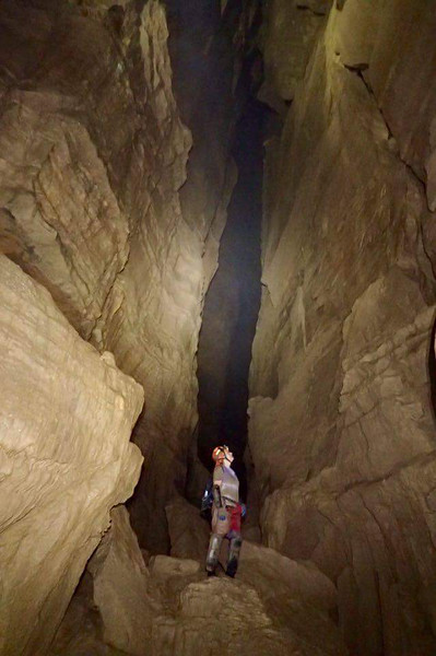 Photo of me in Johnson's Crook Cave by Tim Harris