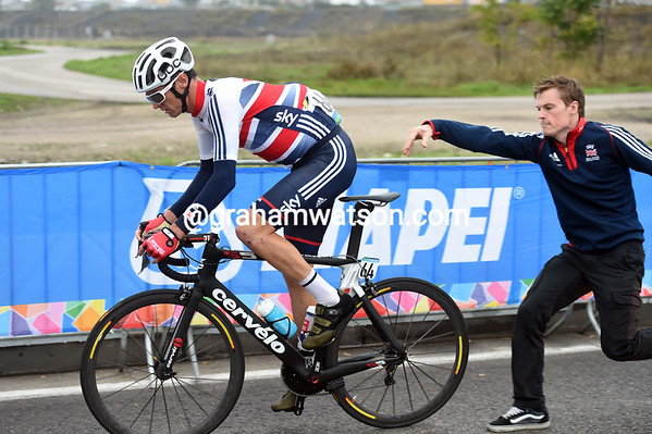 David Millar's last professional race has also started with a wheel-change...