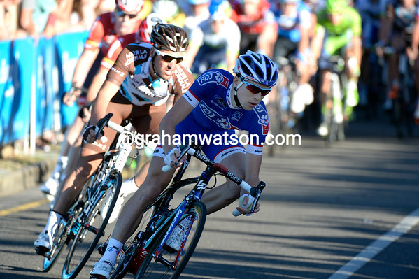Two French riders also stir the peloton with some attacks..