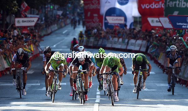 It's a cosy affair in the sprint after a crash wipes out a big section of the field...