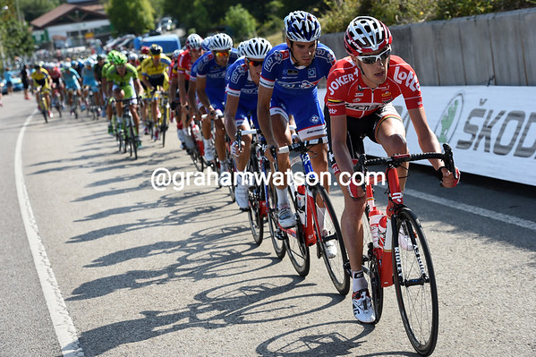 Lotto and FDJ lead the chase of Litsenko...