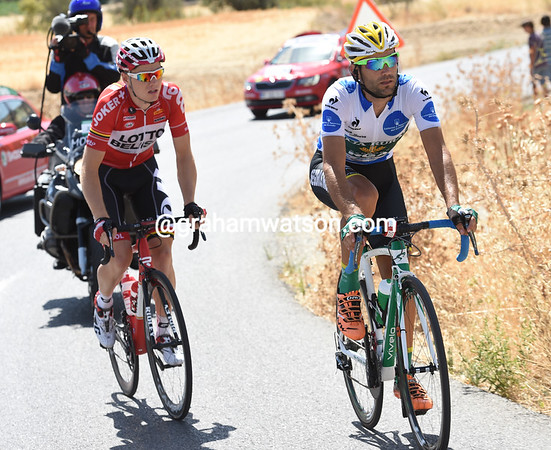 Mas Bonet and Ligthart head for the flatter roads towards La Zubia with their lead still a strong ten-minutes...