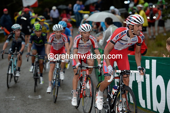 Katusha's Caruso, Rodriquez and Moreno have attacked and dropped Froome, but not Contador or Quintana...