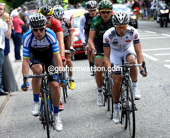 De La Cruz and Fonseca lead the morning escape towards a four-minute gap...