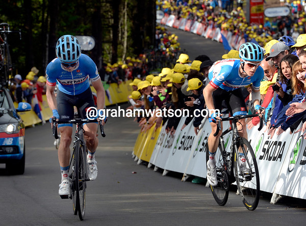 Andrew Talansky climbs the wall ten minutes later with Tom-Jelte Slagter - his Tour chances are over..!