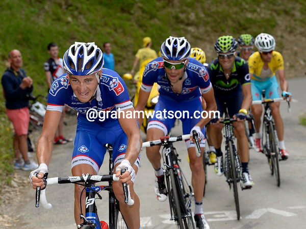 Arnold Jeannesson has got up to Pinot's group to help push Van Garderen and Bardet back further...