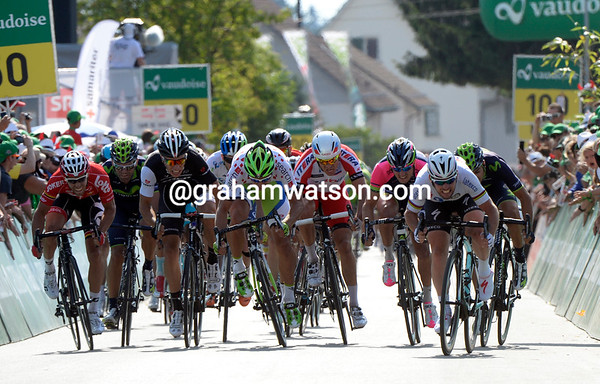 It's a nice-looking sprint at the end of a very tame stage...