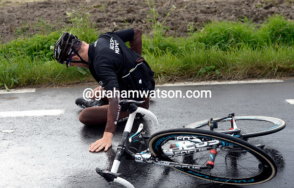 Geminidas Bagdonas has also crashed - but he'll continue too...