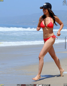 malibu zuma beautiful woman bikini model 696.best.book....
