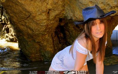 malibu_matador_swimsuit_model 917.456