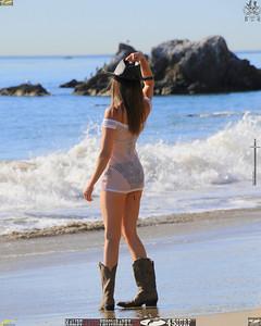 malibu_matador_swimsuit_model 1049.345.45