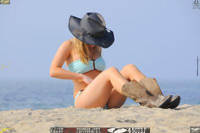 santa monica bikini model 177.435435