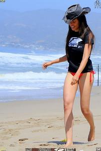 malibu zuma beautiful woman bikini model 581.5.345
