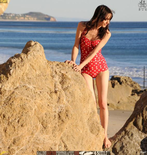 matador swimsuit malibu model 669..23