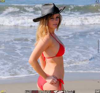 santa_monica_swimsuit_bikini_model 623.45.6456