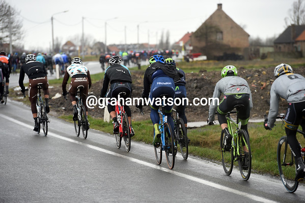 Hell has started at the back as teams jockey for position in some crosswinds...