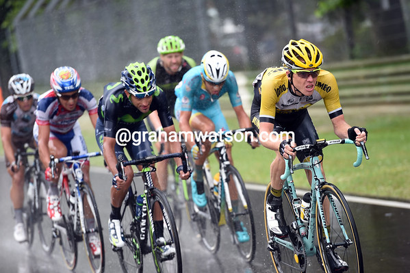 Steven Kruiswijk chases hard in the rain, but it's a lost cause for everyone except Zakarin...