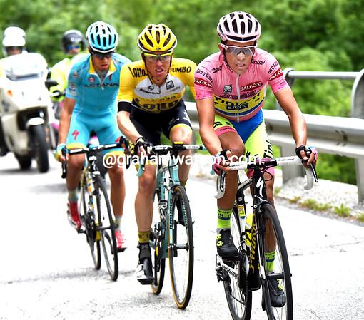 Contador has put the Maglia Rosa at the head of the race in the last six-kilometres...