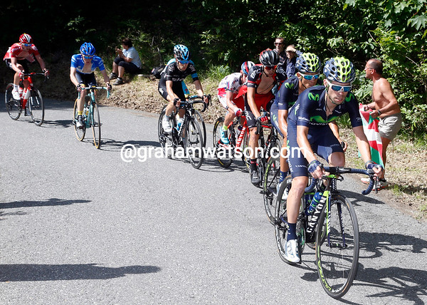 Giovanni Visconti leads a chase group with Amador, but Aru and Landa have yet to catch them...