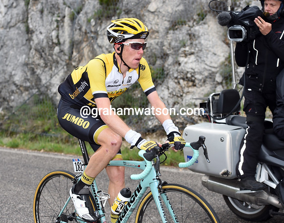 Kruijswijk has yet to be caught as he climbs the Forca de Acero after 80-kilometres of racing...