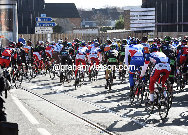 First tramlines of the season - the peloton leaves Ghent...