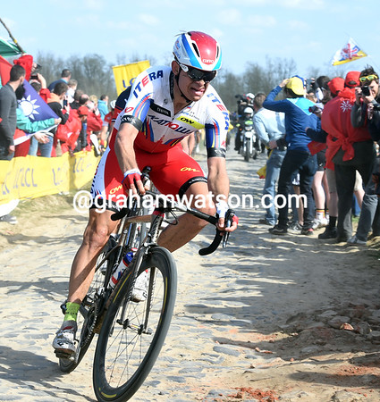 Alexander Kristoff won't win this Classic, at least not this year..!