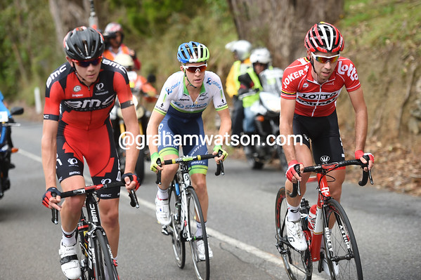 The trio of De Gendt, Flakemore and Meyer has managed to pull away from a peloton awaiting the stragglers...