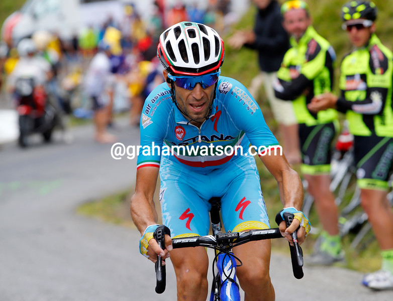 Nibali is racing across the gap to reach the group chasing Rolland...