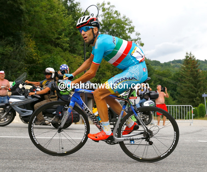 Nibali has dropped Rolland and is racing to La Toussuire with a stage-winning advantage...