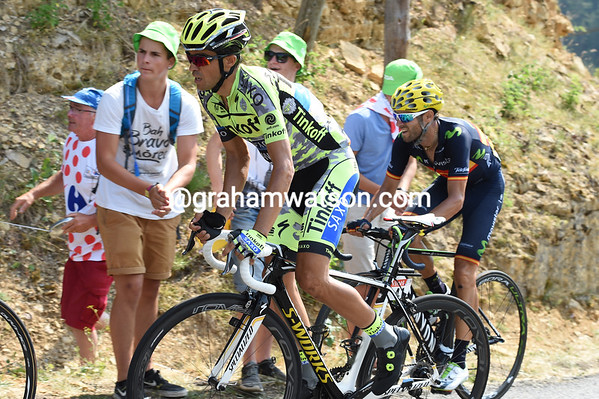 Contador and Valverde are about to see Froome pedal away to catch Quintana and take time on everyone else...
