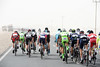 The peloton is in many pieces in the first kilometres, and everyone is disappearing into the sandy wind..!