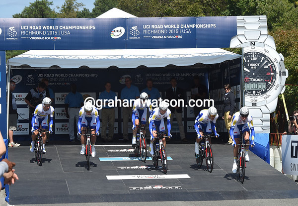 """Topsport Vlaanderen starts its TTT - they'll cover the 38.6-kilometre course 2' 19.32"""" down on the winners, in 16th place..."""