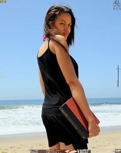 malibu zuma beautiful woman bikini model 1425-1