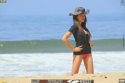 malibu zuma beautiful woman bikini model 211.