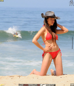 malibu zuma beautiful woman bikini model 161.1234.