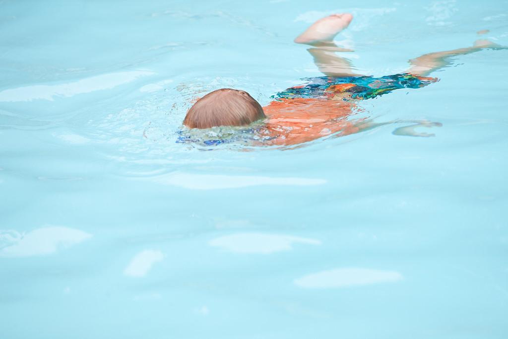 swimming-43