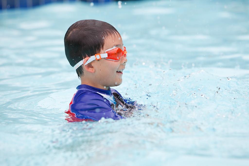 swimming-23