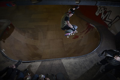 Frontside Tuck Knee by Owlyn