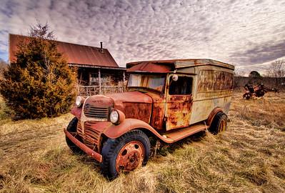Hillbilly Cabin - Witter, AR