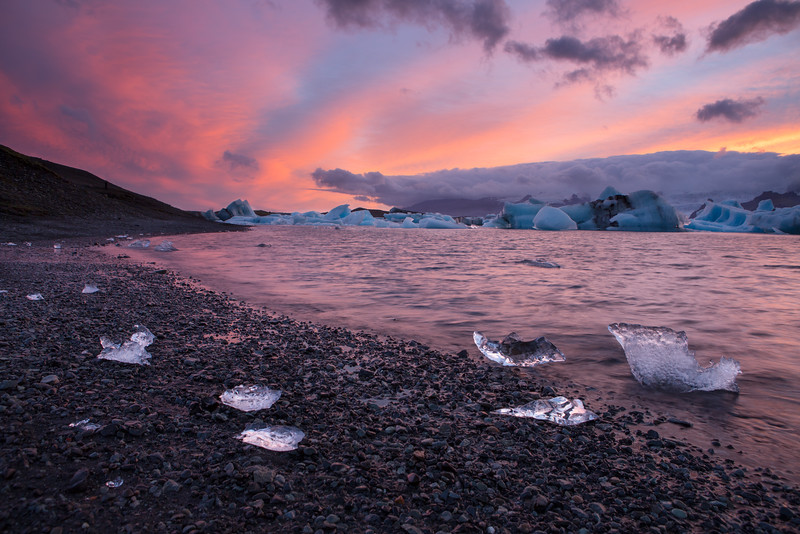 Sparkling ice at sunset, Jökulsárlón Glacier lagoon