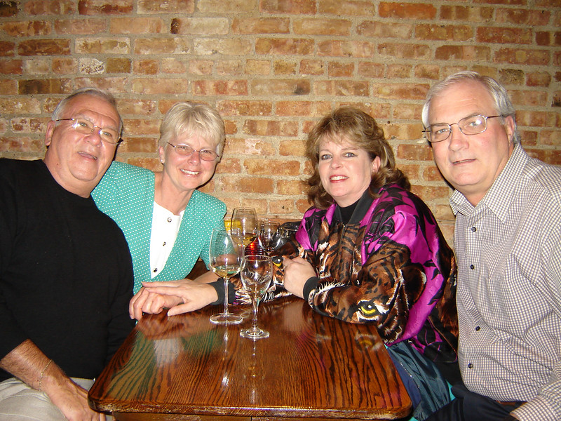 Our Cruising Friends <br /> Jeff and Rae along with us got together for a few drinks at Mickey Fins in Libertyville