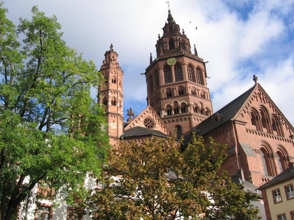 Mainz Germany-Janet White