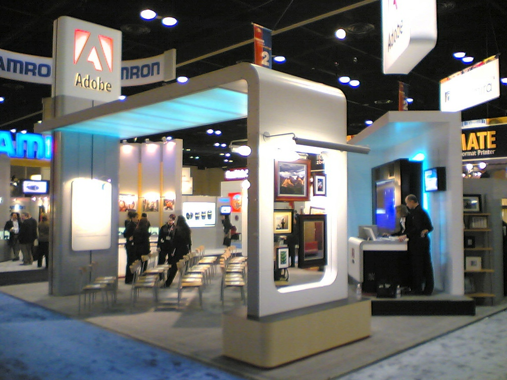 Here's the booth from another angle.<br /> <br /> Notice the washed out sign on the left pillar. It's a sign for APS. (It wasn't washed out in real life. My cell phone doesn't take the greatest pictures.)<br /> <br /> Also, notice the shelf aroung the back of the booth. (more on that later)