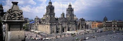 M002, Figure 1.2 Main Plaza (Zocala) in Mexico City.  <br /> 6 Choices Provided/ All from the DAL.<br /> Choice 1 of 6